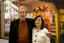 Artist Tom Blackwell and author Linda Chase in front of his painting �Bendel�s� (1979), �Picturing America�, Deutsche Guggenheim, Berlin, March 2009, Photo: Mathias Schormann