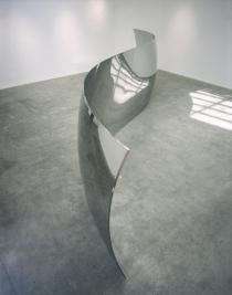 Anish Kapoor, S-Curve, 2006. Image courtesy the artist and Regen Projects. © the artist. Photograph: Joshua White, Los Angeles