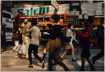 Philip-Lorca diCorcia, Hong Kong, 1996. Courtesy the artist und David Zwirner, New York/London